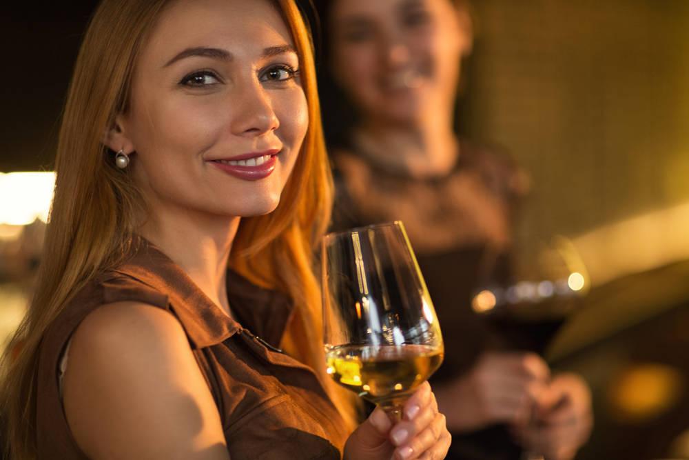 El vino, la belleza y la elegancia están asociados culturalmente