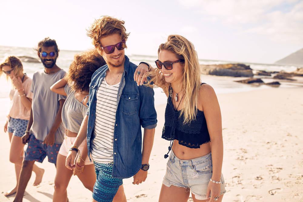Ahora que llega el verano, disfruta la moda y diviértete