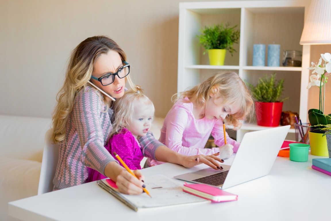 Algunas facilidades para hacer frente al reto de conciliar la maternidad con la vida laboral.