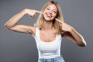 Qué puedes hacer en casa para mantener una sonrisa de diez